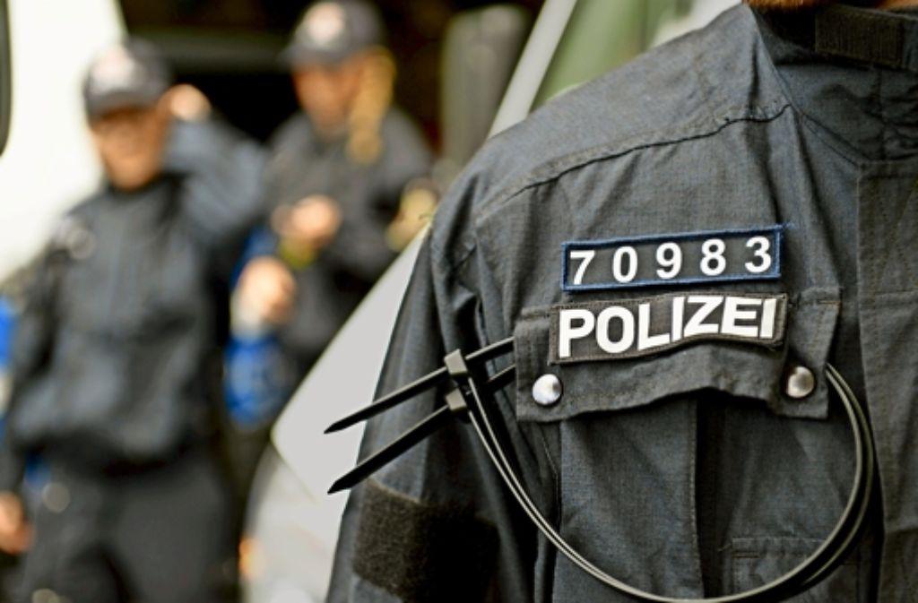 Im Innenministerium stand in der zu Ende gehenden Legislaturperiode die Polizei im Zentrum der Aktivitäten – unter anderem wurde über die Kennzeichnungspflicht für Polizisten gestritten. Foto: dpa
