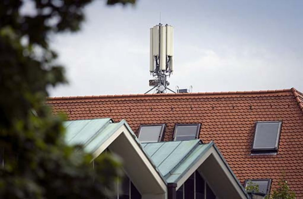 Der Mobilfunkbetreiber O2 hat angekündigt, seinen Mast wieder abzubauen.  Foto: Steinert