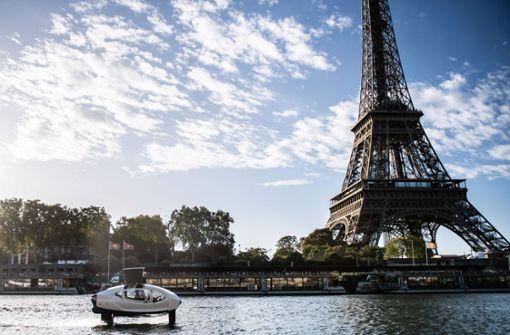 """In Paris flitzen """"fliegende"""" Wassertaxis umher"""