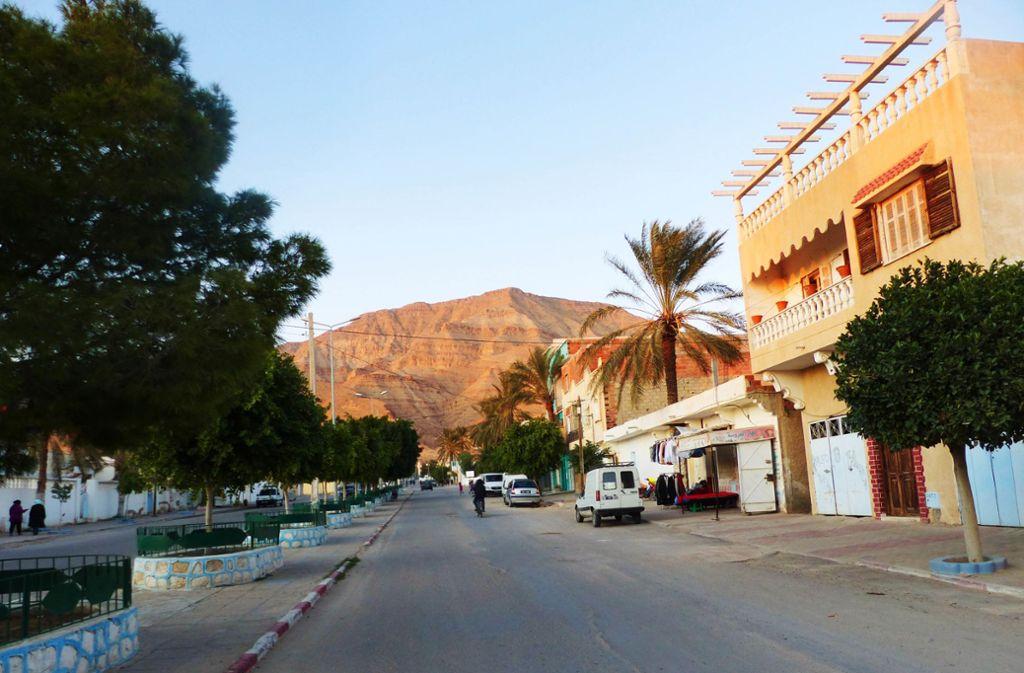 Idyllisch, aber abgehängt vom Zentrum des Landes ist die 20 000-Einwohner-Stadt El Guettar. Foto: Wicke-Naber/Hotz-Landratsamt