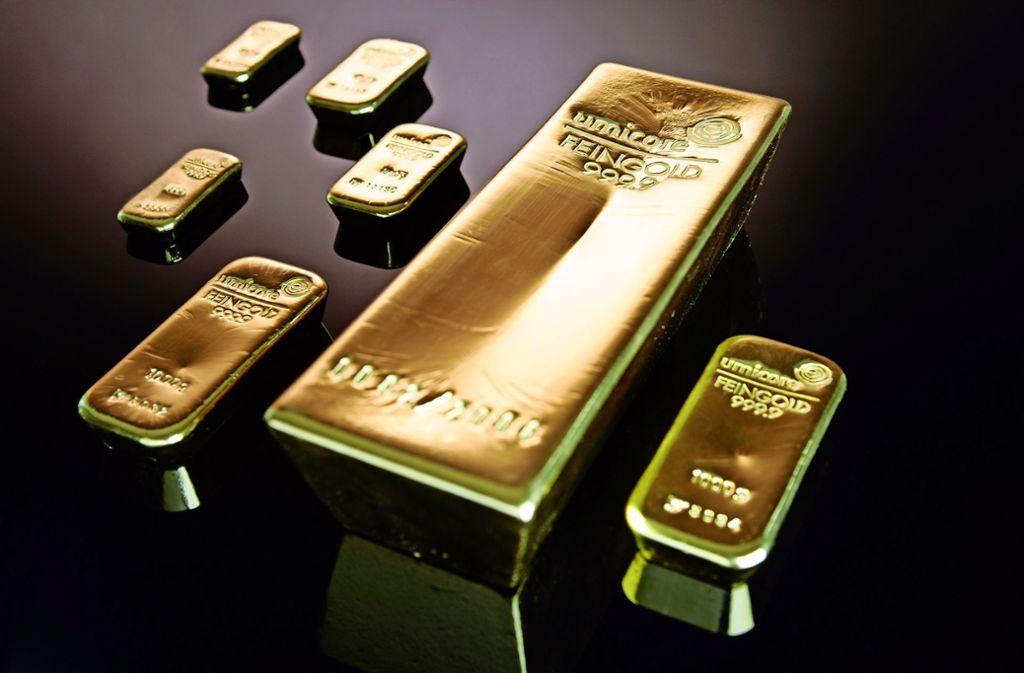 Wer seine Goldbarren im Garten vergräbt, sollte sich genau überlegen, wem er davon erzählt. Foto: Umicore AG & Co.KG