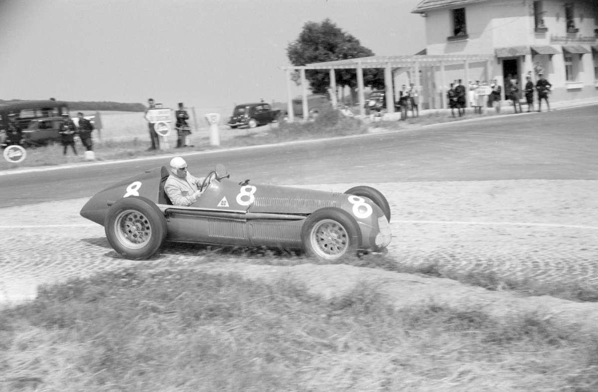 In den 50er Jahren saßen in der Formel 1 überwiegend reifere Piloten am Steuer. Foto: imago/ Motorsport Images