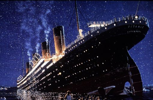 Titanic von Klein-U-Boot gerammt
