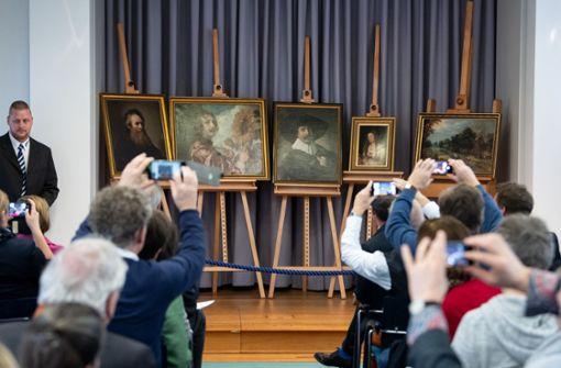 Fünf Gemälde des größten DDR-Kunstraubs erstmals wieder gezeigt