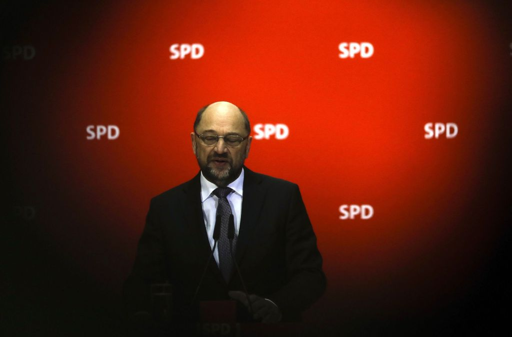 Noch einmal Schwarz-Rot? SPD-Chef Schulz will zwar reden, sich aber noch nicht festgelegt haben. Foto: AP