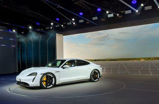Scheuer lobt Porsches Standortentscheidung bei Taycan