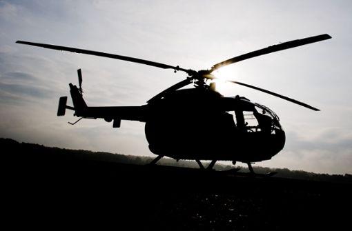 Schwarzer Helikopter lässt Passanten rätseln
