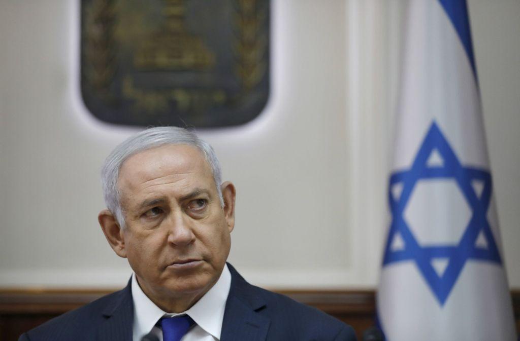 Regierungschef Benjamin Netanjahu wegen Korruption angeklagt werden. Foto: EPA Pool/AP