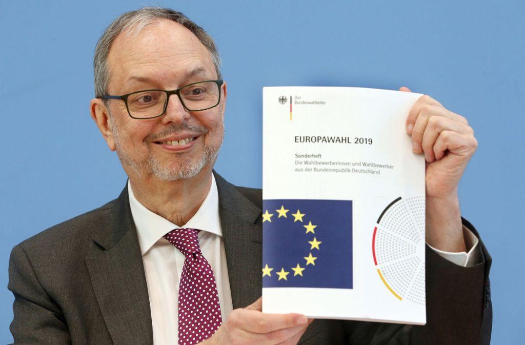 Georg Thiel, der Bundeswahlleiter, hat am Dienstag über die Europawahl informiert. Foto: dpa