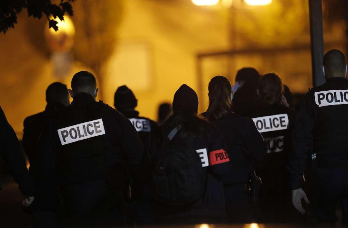 Der 47-jährige Geschichtslehrer Samuel Paty war am Freitag in einem Vorort nordwestlich von Paris auf offener Straße enthauptet worden. Foto: AP/Michel Euler