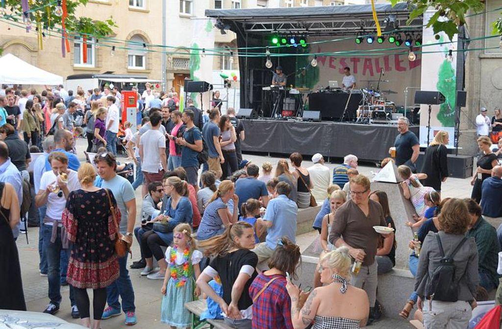 Beliebtes Fest: die Westallee Foto: Uli Meyer