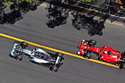 Alonso stichelt – wieder mal