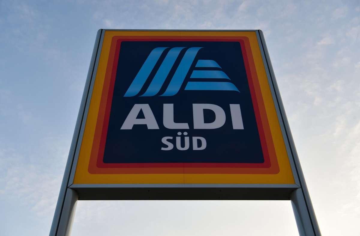Aldi-Süd hat ein mögliches Salmonellen-Problem mit einer Salami gemeldet. Foto: dpa/Sina Schuldt