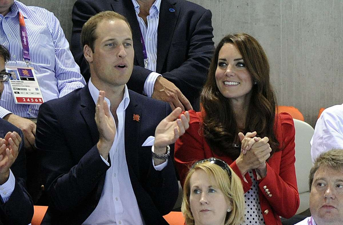 Vor acht Jahren trug Herzogin Kate den signalroten Zara-Blazer zum ersten Mal – bei den Olympischen Spielen in London. Foto: dpa/Marius Becker