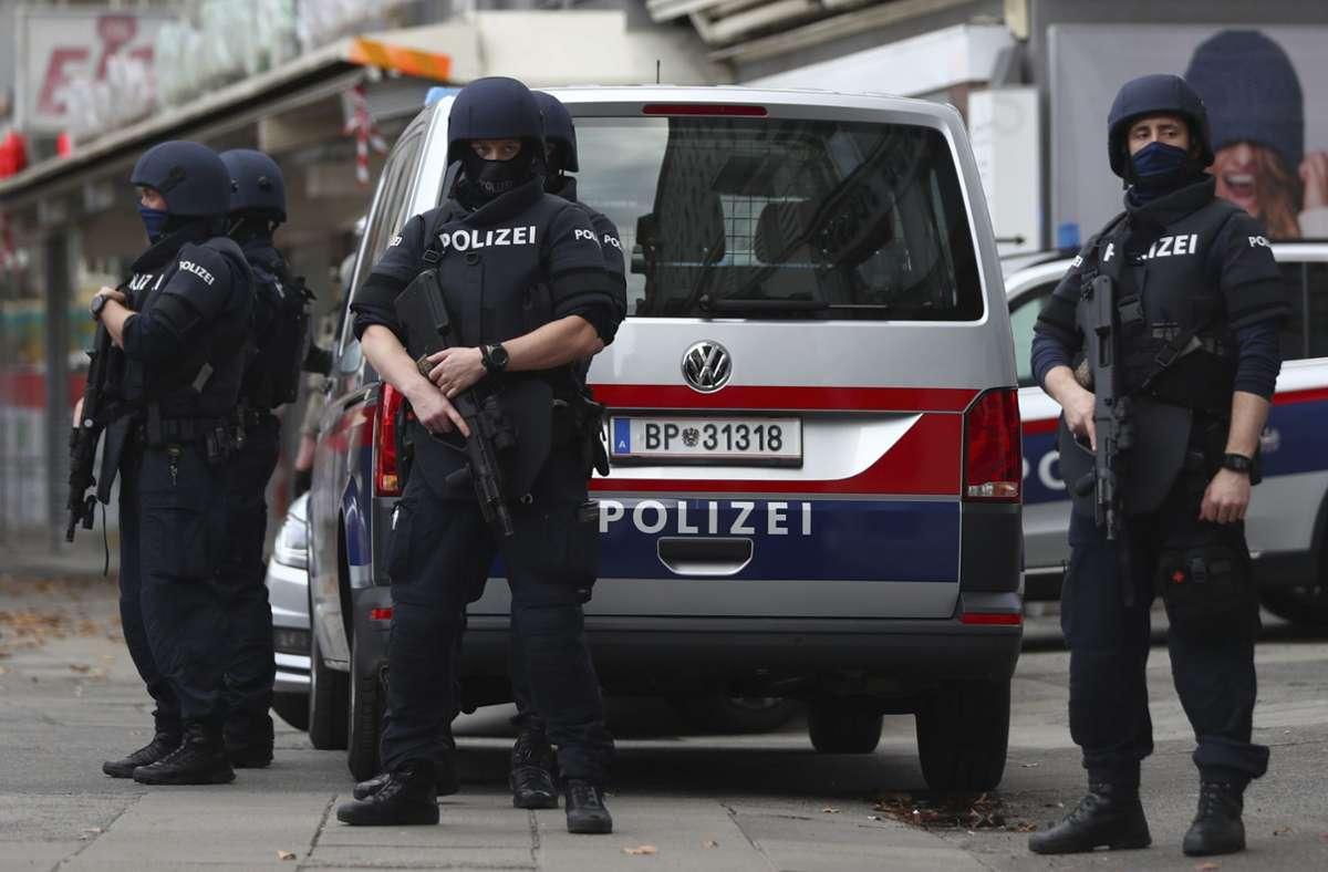 Die österreichische Polizei durchsuchte  dutzende Gebäude, in denen sich mutmaßliche Mitglieder islamistischer Gruppierungen befinden sollen. Foto: dpa/Matthias Schrader