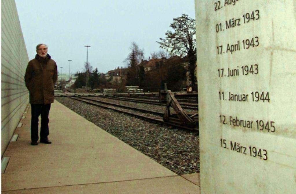 Josef Klegraf engagiert sich bereits seit vielen Jahren Josef Klegraf engagiert sich bereits seit vielen Jahren für das Gedenken und hat mitgeholfen, das Mahnmal am Nordbahnhof zu errichten. Foto: Martin Bernklau