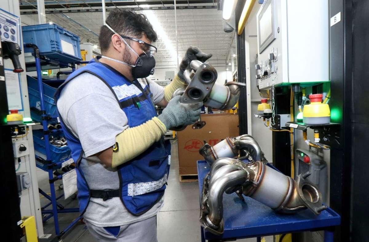 Produktion von Abgasanlagen bei Eberspächer im mexikanischen Werk nahe Saltillo. Foto: Eberspächer