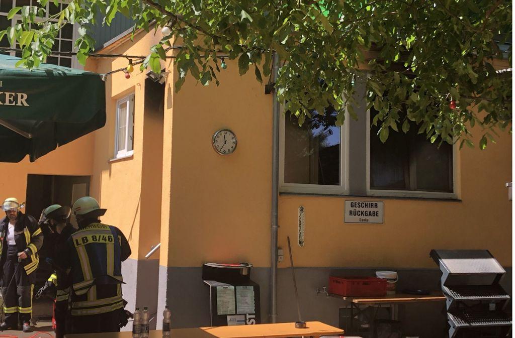 Vermutliche wegen eines technischen Defekts fing die Fritteuse in der Gaststätte Feuer. Foto: SDMG