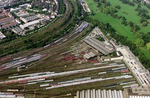 Der  Wartungsbahnhof  im Stuttgarter Rosensteinpark wird noch gebraucht. In der folgenden Bilderstrecke zeigen wir die Stellen, an denen in Stuttgart aktuell für Stuttgart21 gebaut wird. Foto: Archivbild/Steinert