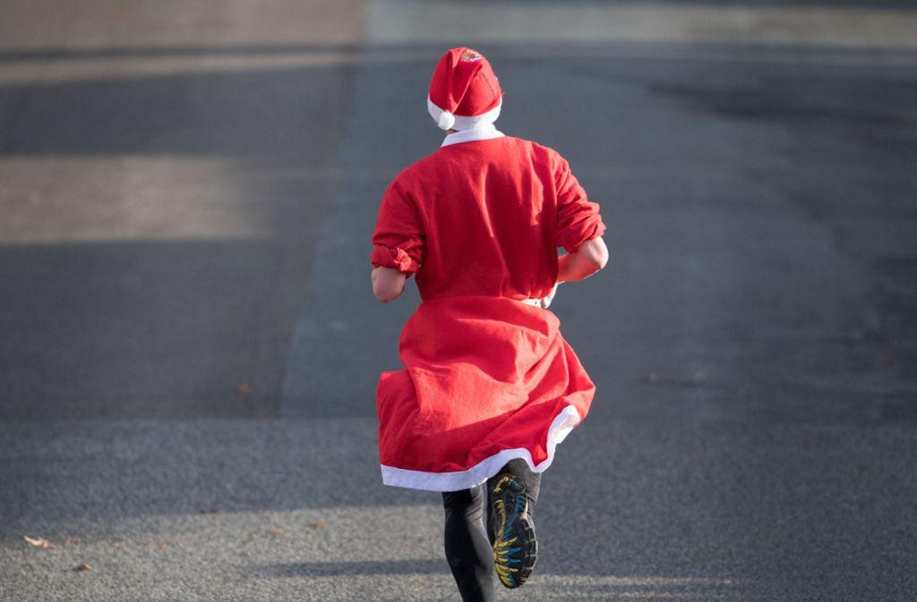Ein Nikolaus war der Grund für einen Unfall in Bösingen (Symbolfoto). Foto: dpa/Ralf Hirschberger