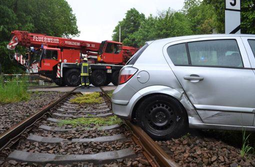 Lokführer verhindert mit Notbremsung schweren Unfall