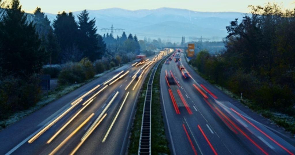 Das intelligente Auto könnte zu einem mobilen Kollaps führen. Foto: dpa