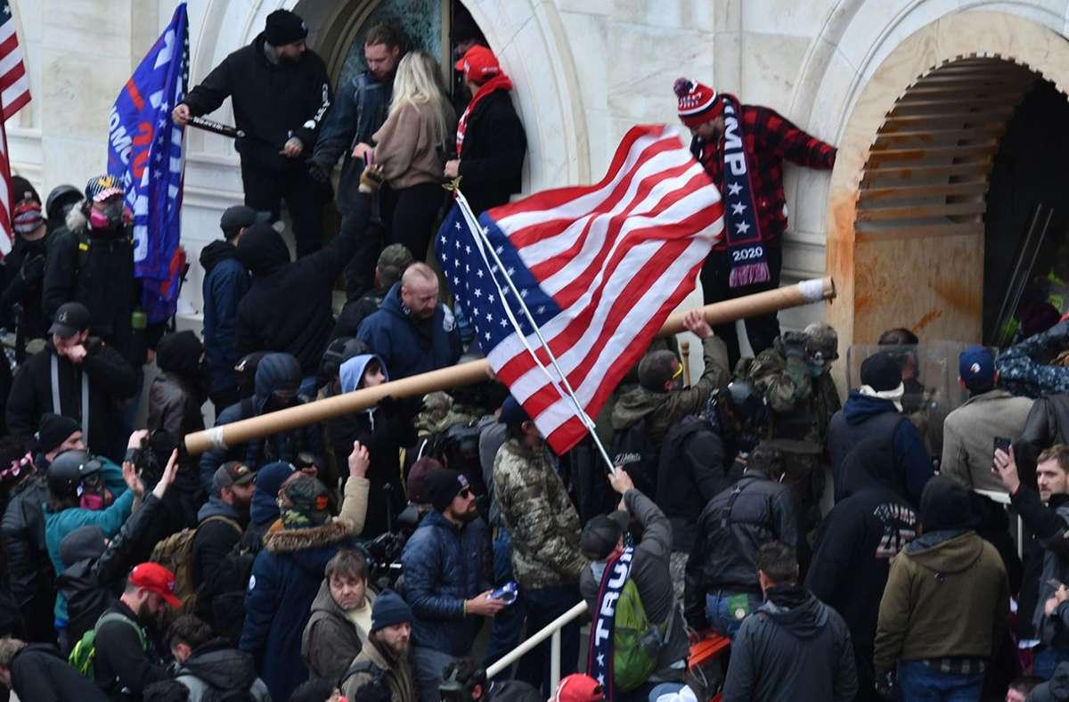 Trump-Anhänger stürmten am Mittwoch das Kapitol Foto: dpa/Essdras M. Suarez