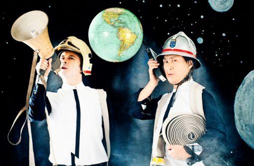 Klassik muss nicht auf klassische Weise daherkommen. Zumindest finden das Aleksey Igudesman (links) und Hyung-ki Joo. Als Musik-Comedy-Duo Igudesman & Joo treten sie am 17. Oktober im Theaterhaus Stuttgart auf.