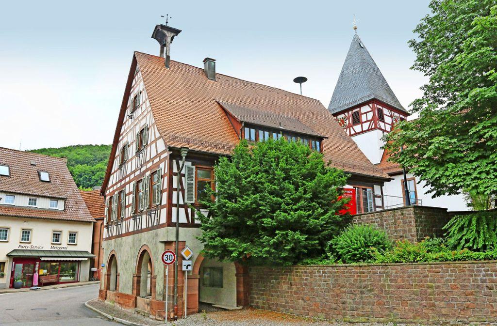 Im Zentrum von Mönsheim tut sich was. Foto: Andreas Gorr