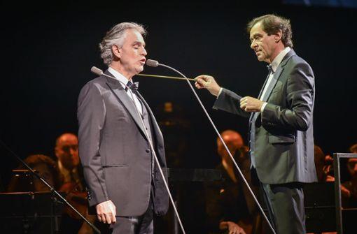 Tenor-Legende singt Duett mit Sohn