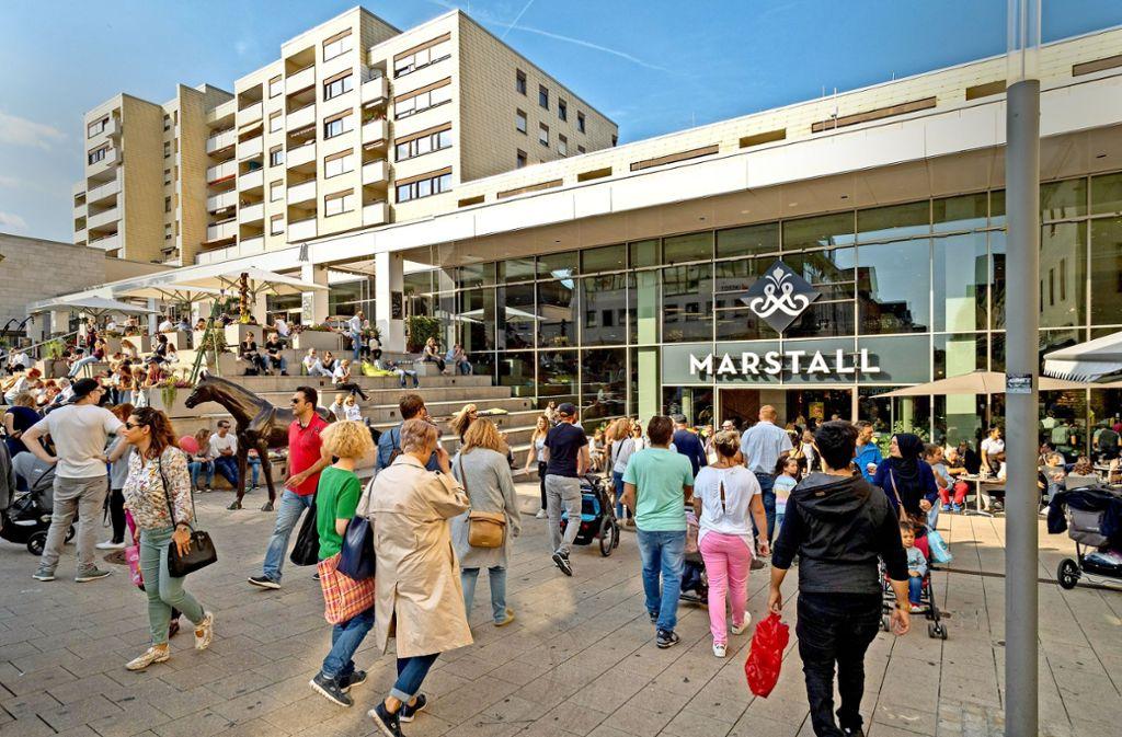 Die verkaufsoffenen Sonntage wie hier am 7. Oktober in der Ludwigsburger Innenstadt  sind umstritten. Foto: factum/Weise