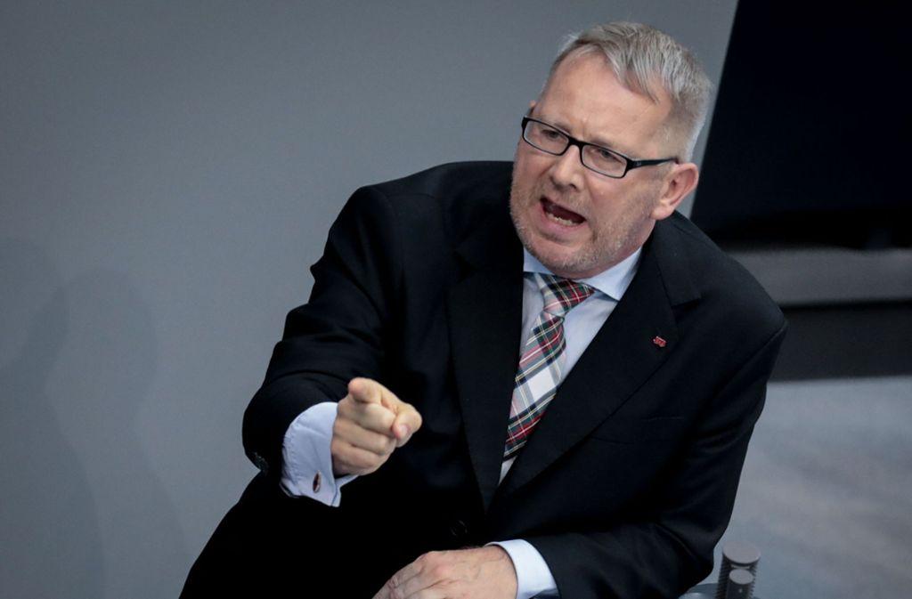 Johannes Kahrs, Sprecher des gemäßigten  Seeheimer Kreises in der SPD, warnt seine Partei vor einem erneuten Austausch des Führungspersonals. Foto: dpa