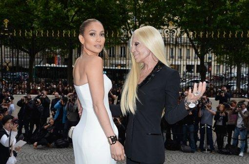 J.Lo steht auf den Versace-Look