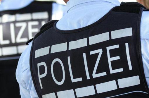 Polizei löst Geburtstagsparty auf
