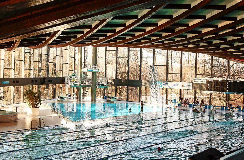 Das Sindelfinger Bad muss ohnehin saniert werden. Danach soll es auch  für Sportschwimmer deutlich attraktiver sein. Foto: factum/Granville