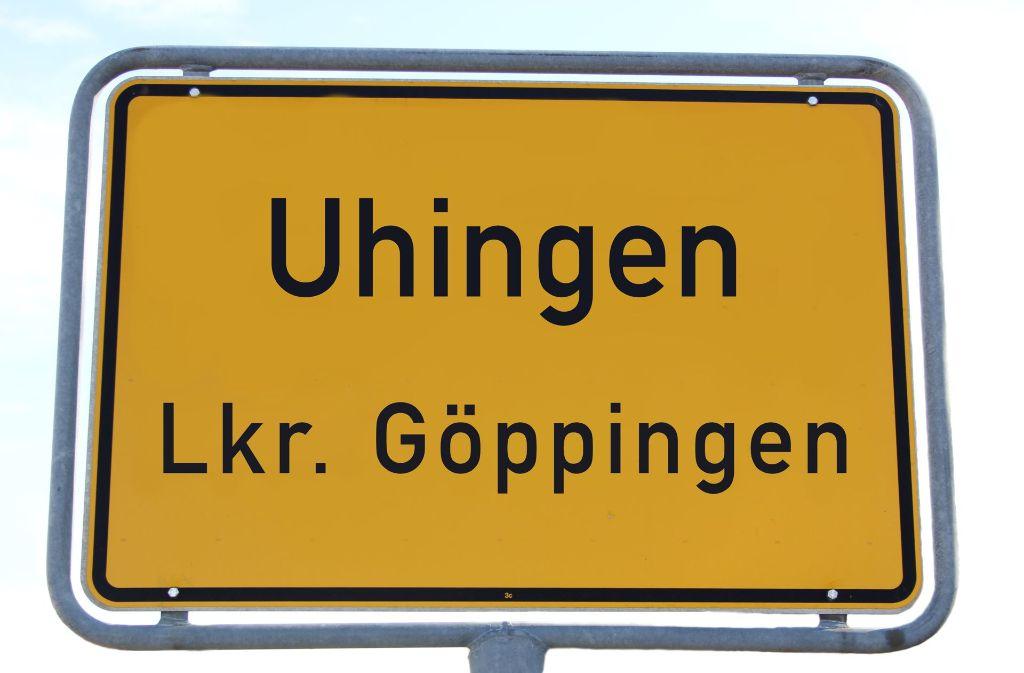 In der Nacht auf Freitag musste die Polizei bei einem Neonazi in Uhingen anrücken. Foto: Pascal Thiel
