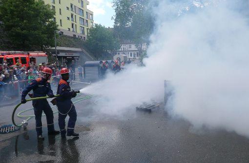 Feuer und Flamme für Löscharbeiten