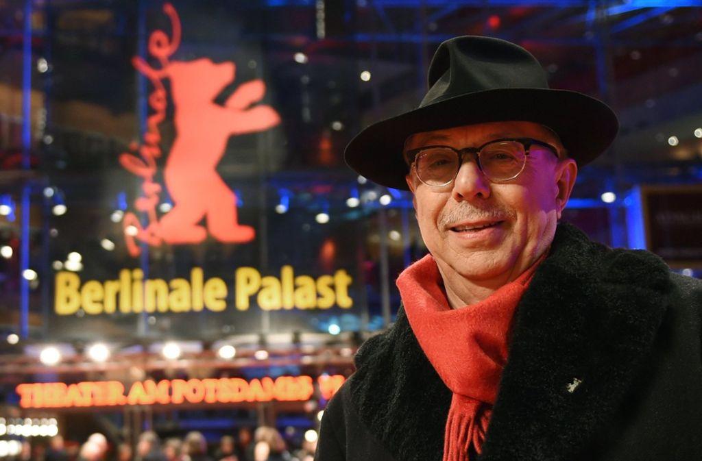 Teil der Marke Berlinale: Dieter Kosslick mit Schal und Hut. Foto: dpa-Zentralbild