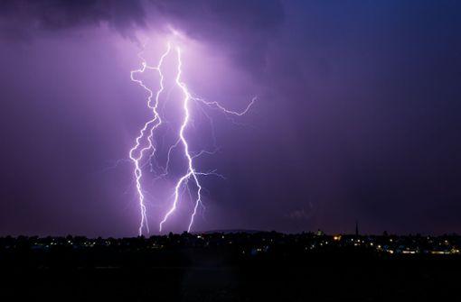 Gewitter und Regen am Vatertag