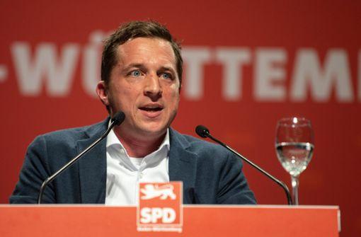 Opposition rügt Bauer wegen Mauschelvorwürfen
