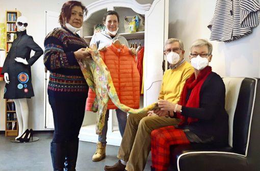 Im PragA müssen Blusen und Jacken   in Quarantäne