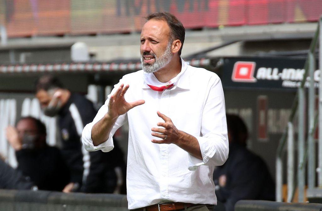 Findet VfB-Trainer Pellegrino Matarazzo gegen Osnabrück die richtige Mischung? Foto: Baumann