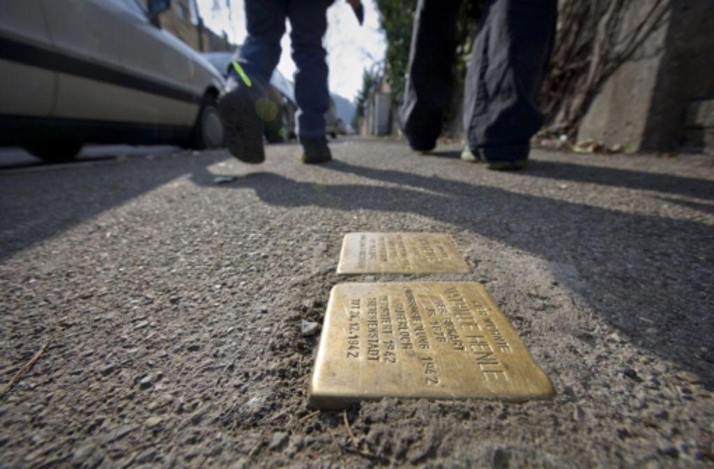 Stolpersteine sollen an die Opfer des Naziterrors zu erinnern Foto: Michael Steinert
