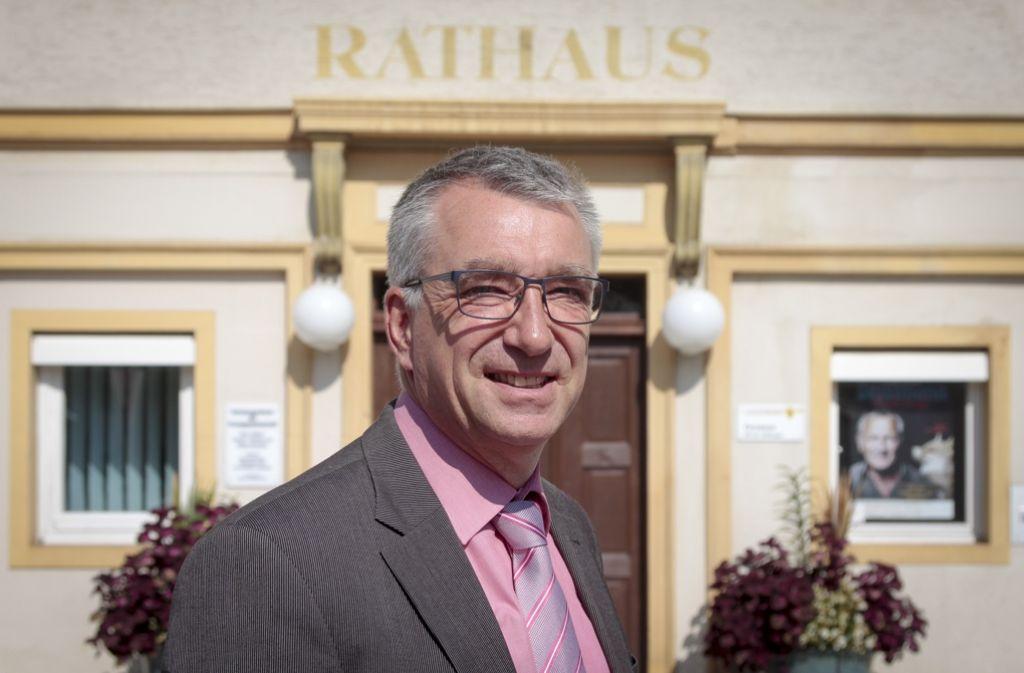 Ekkehard Fauth bleibt unangefochtener Chef im Aidlinger Rathaus. Foto: factum/Granville