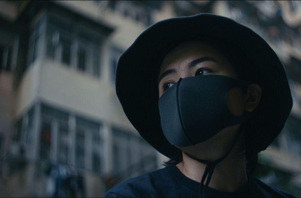 Pepper aus Hongkong ist Frontlinerin – ihre Identität muss geschützt werden. Foto: Nightrunner Productions & Lowkey Films Ltd. / Friedemann Leis