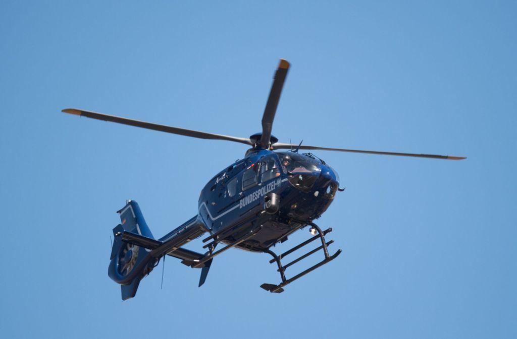 Der Helikopter der Polizei kam leider zu spät. (Symbolbild) Foto: picture alliance/dpa/Arne Immanuel Bänsch
