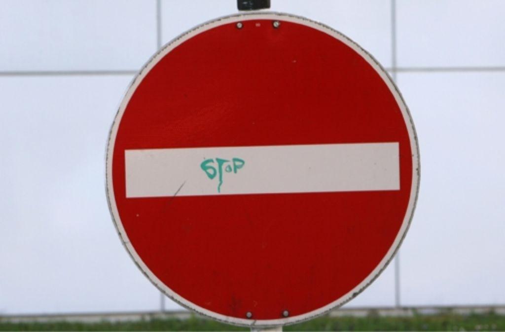 Die Stadtverwaltung soll prüfen, ob eine Einbahnstraßenregelung ab der Stubaier Straße denkbar sei. Foto: dpa