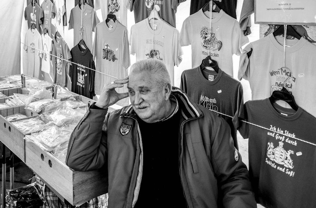 Der Markthändler Jakob Kronenwetter auf dem Stuttgarter Frühlingsfest Foto: Lichtgut/Leif Piechowski