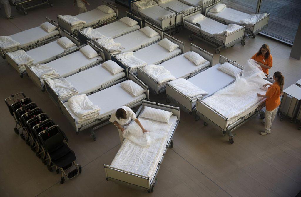 Damit in den Rems-Murr-Kliniken genügend Betten für Covid-19-Patienten frei bleiben, werden Reserven im Hotel Sonnenhof in Aspach geschaffen. Foto: Gottfried Stoppel(Archiv)