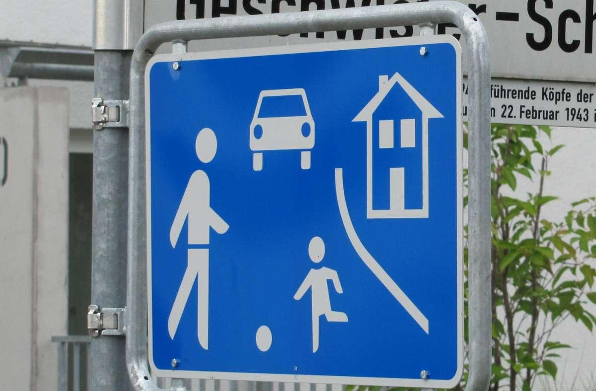 Solche Schilder werden künftig auch an der nördlichen Burgstraße stehen. Foto: Archiv Claudia Barner